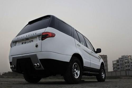 Moon-Rover-Safari-Exterior
