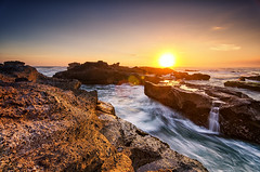 Last Sun for Today (eggysayoga) Tags: blue sea bali seascape beach water rock indonesia landscape golden xpro nikon wave tokina hour 121 116 atx cokin gnd canggu gnd8 1116mm d7000 mengening x121s