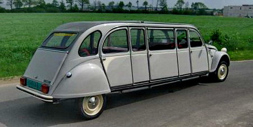 "Citroen-2CV-Limousine • <a style=""font-size:0.8em;"" href=""https://www.flickr.com/photos/62692398@N08/27101186406/"" target=""_blank"">View on Flickr</a>"