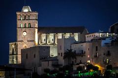 Nocturna de la Catedral (ibzsierra) Tags: ibiza eivissa baleares canon 7d 100400isusm nosturna catedral chatedral nigt nuit noche