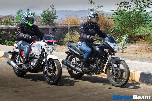 Honda-Unicorn-150-vs-Bajaj-V15-10