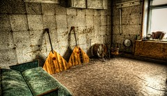 I don't want to spoil the party (ms and mr balalaika) (laurent.martin76) Tags: svalbard pyramiden spitzberg