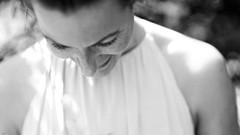 Sommersproling... (lichtflow.de) Tags: summer portrait bw sun girl sommer sony portrt sw shooting sonne mdchen stadtpark festbrennweite sommersprosen samyang85mmf14 samyangf1485mm ilce7m2