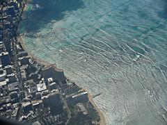 over Waikiki Beach (kenjet) Tags: ocean city beach island hawaii waves view pacific waikiki oahu aerialview pacificocean honolulu fromthewindow waikikibeach windowseat