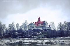 Helsinki (Dimislava Todorova) Tags: winter red sea house snow ice finland island helsinki