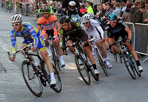 Elite elimination race, London nocturne