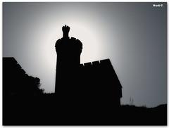 Torre del Parador de Turismo de Baiona (Nati C.) Tags: contraluz torre galicia pontevedra baiona parador cruzadasgold cruzadasi
