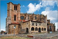 Sta. M de La Asuncion  Castro-Urdiales (Txantxiku) Tags: nikon viajes d200 iglesias cantabria castrourdiales