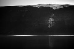 cliff (sparth) Tags: blackandwhite cliff lake reflection blackwhite washington noiretblanc minimal reflet minimalism washingtonstate falaise 2012 noirblanc steamboatrock steamboatrockstatepark