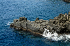 Columnar Joints at Daepo Coast() (JC in Seoul) Tags: ocean island lava korea jeju joint   columnar