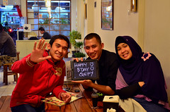 Happy B'day Qefy! :) (qefy) Tags: dinner hijab oishi bandung sahabat milad ulangtahun kado ifa ishaq persahabatan makanmalam ucapan ucapanulangtahun miladqefy