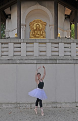 Clare and the Peace Pagoda (zxDaveM) Tags: ballet dance clare battersea batterseapowerstation peacepagoda batterseapark clarehamilton