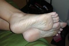 Victoria33 (J.Saenz) Tags: woman planta feet foot mujer toe nail polish barefoot pies pedicure sole pieds pintada dedo toenail esmalte ua descalza fetichismo podolatras