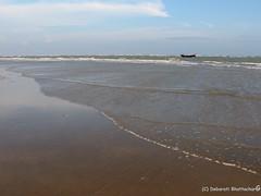 Mandarmani, West Bengal, India (Debarati Bhattacharjee) Tags: mandarmani westbengal india purbamedinipur bayofbengal sea water nature landscape colour