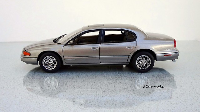 chrysler 1994 lhs diecast 124scale brookfieldcollectorsguild