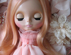 (twinkle_moon_bunny) Tags: pink ballerina pretty sleep lace peach pearls rosebud melody blythe mademoiselle slee frilly