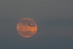 Super Full Moon with airplane (luigig75) Tags: italy moon rome roma airplane italia may super luna full piena aereo maggio 2012
