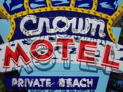 Crown Motel in Lake Tahoe (fotoladyfavorites) Tags: california neon nevada laketahoe neonsigns motels motelsigns crownmotel vintagemotelsigns