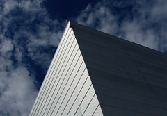Shape & light (+PeterCH51+) Tags: light sky house building oslo norway architecture clouds opera scandinavia northerneurope nordiclight mywinners osloopera flickraward scandinavianlight peterch51 flickrtravelaward