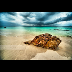 Rock Of Gold (geirkristiansen.net.) Tags: blue storm beach rain rock clouds wideangle malaysia drama hdr pulau pantai terengganu azur marang sigma1224mmf4556 kapasisland