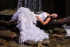 Cascada (Victor Manuel 22) Tags: wedding river groom bride waterfall boda ros novia cascada novio trashthedress pnavila