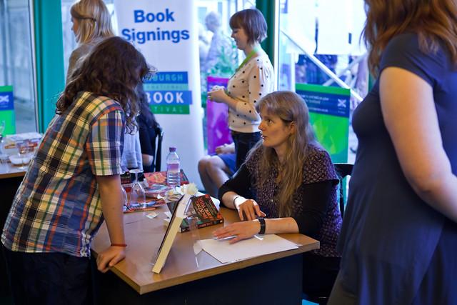 Lari Don book signing