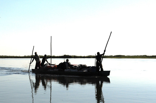 Small-scale fisheries. Photo by Georgina Smith, 2012.