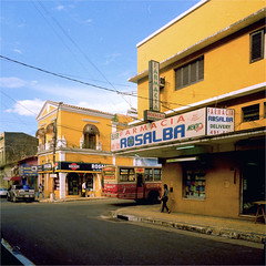 asuncion (thomasw.) Tags: street travel 120 mamiya southamerica analog fuji cross mf asuncion paraguay crossed sdamerika