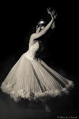 toile (Untalented Guy) Tags: white black classic star monocromo dance ballerina dress danza air dancer explore bianco nero