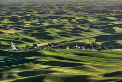 Steptoe in the Palouse - before sunset (waldo.posth) Tags: park light sunset green washington long butte shadows state g sony hills ii rolling ssm palouse steptoe f456 70400mm 280mm slta99v