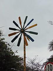 Catavento (jemaambiental) Tags: art cores arte decoration decorao artisan collors artesanatos mveis arranjos arteso coresvivas nivers decoraodemesa decoraodeparede corescollors emmdeira emarame