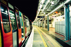 Untitled (richardhwc) Tags: film hongkong asahi pentax takumar kodak trainstation m42 spotmatic smc hunghom 35mmf35 業務用 supergold400