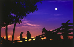 Sunset at Echo Valley Guest Ranch (Echo Valley Ranch (www.evranch.com)) Tags: horses spa horsebackriding wildernesslodge ecolodge guestranch adventurevacation ranchvacation canadaranch bcranch guestranchvacation boutiqueranch