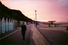 Dawn, Bournemouth Beach (Matt Spurr) Tags: summer beach morninglight phonecall bournemouth sawn bournemouthbeach
