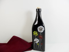 Oil Bottle Black Yellow Red White Poppies Hand Painted Glass (Painting by Elaine) Tags: black kitchen bottle dispenser painted housewares handpainted poppy poppies kitchenware paintedglass whitepoppy oilbottle paintedbottle oliveoilbottle paintingbyelaine