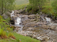 Off to Google before Dennis names! (Jackie & Dennis) Tags: scotland glenlyon alltbaileamhuillinn