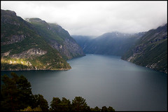 Geiranger Approach (Askjell's Photo) Tags: norway canon photo flickr image picture fjord approach geiranger geirangerfjord hellesylt newmindspace throughtheviewfinder askjell