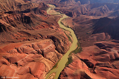 Colorado River, Grand Canyon, Arizona (Black Diamond Images) Tags: arizona usa seascape landscape grandcanyon helicopter greenriver coloradoriver shorescape westernusa beautifullandscapes beautifullandscape tusayan sceniclandscape sceniclandscapes insightvacations mostbeautifullandscape enchantingcanyonlands greatwesternamericanadventure ecostarhelicopters larrywomak magificentscenery