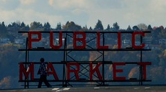 Pike Place Market (Zonnie Toledo) Tags: seattle autumn fall nikon pacificnorthwest 2012 d3100
