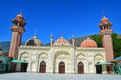 Inside the Shahi Mosque, Chitral (Emaad Paracha) Tags: festival fort top pass mosque valley mir dir kalash shahi mardan chitral malakand lowaripass lowari terich bumburet lowaritop timergara chilimjusht