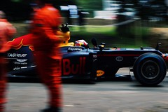 Redbull F1 (tommarshall2) Tags: cars car racecar canon photography insane track fast f1 racing panning formula1 loud fos redbull goodwood motorsport festivalofspeed