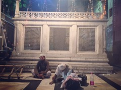 Hopeful & Hopeless (Mayank Austen Soofi) Tags: delhi sufism hopeless hopeful walla hazrat dargah auliya nizamuddin jahanara