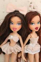 Phoebe Roxxi (BratzPVI) Tags: pink cute twins dolls handmade inspired clothes phoebe kawaii bonita  sailor rosita bratz muecas bonitas   roxxi twiinz muecasbratz