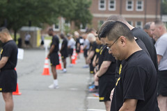 Army Birthday run 2016 (Joint Base Myer-Henderson Hall) Tags: birthday old dog cemetery arlington soldier army arthur hall dc washington team community marine julia drum fife fort district military capital guard band ceremony headquarters jim center national corps pentagram devil service henderson gen defense base department pentagon joint own lt drill ferrell myer callahan mondale guv mcnair goodwin the reenlistment ltg harrod ledoux reup delonte mccs spates fmwr jbmhh armybday pentagramnewspaper pershings