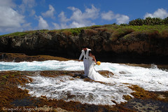 trash the wedding dress (ontheraks (attempting to be resurrected here...)) Tags: wedding water bubbles gowns weddinggowns weddingphotos saipan froth marianas weddingphotography cnmi kagman marinebeach nikond3000 trashtheweddingdress saipanweddings