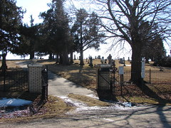 Mayflower Cemetery (Philip Weiss) Tags: grave genealogy oxfordjunctioniowa mayflowercemetery