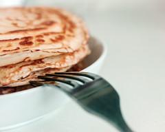 Coconut Pancake Day (FLEECIRCUS) Tags: food pancakes breakfast eat fmb homemadepancakes fleecircus stuckonceiling