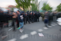 1.Mai Berlin 2012-9710 (Christian Jäger(Boeseraltermann)) Tags: berlin demonstration feuer polizei brutal 1mai pyros barrikaden schläge pyrotechnik polizeigewalt festnahmen tritte schwerverletzt christianjäger wawe10000 boeseraltermann 017634423806