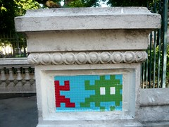 Space Invaders (PA_974) (Ausmoz) Tags: street urban streetart paris art wall tile space spaceinvaders tiles installation invader walls rue mur mosaique murs invaders installations urbain mosai 75003 974 mosaiques pa974
