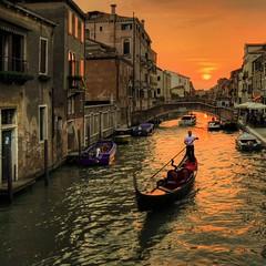 Venezia Sestiere Cannaregio (rinogas) Tags: venice sunset italy gondola venezia hdr veneto cannaregio rinogas
